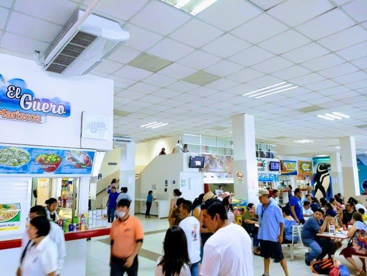 Area de comida en el acuario de Veracruz puerto