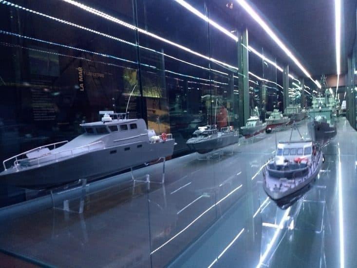 Parte de la exposicion en la explanada del museo naval de veracruz