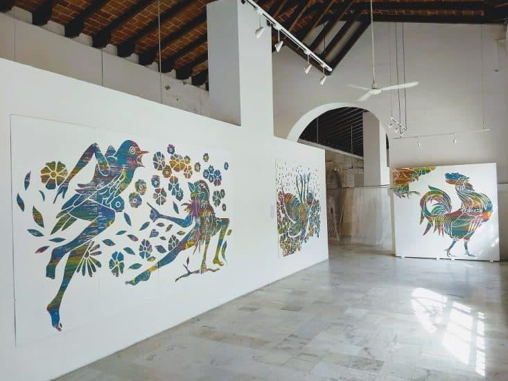Pinturas en el Centro Cultural Atarazanas en Veracruz