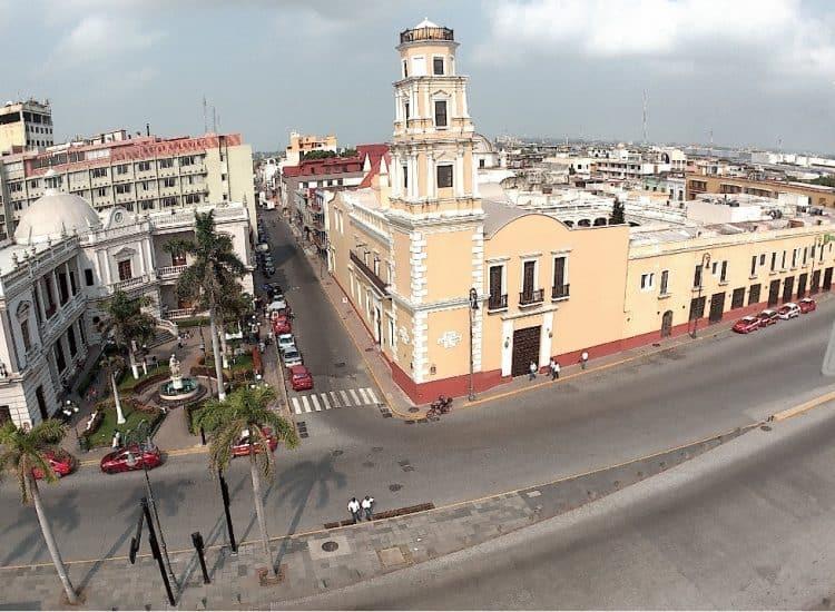 Recinto de la Reforma en la plaza de la republica