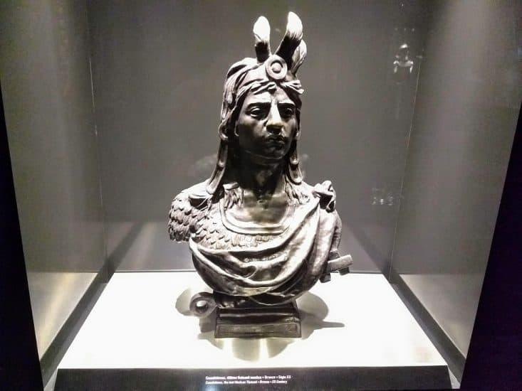 Torso de Cuahutemoc en el museo naval de Veracruz