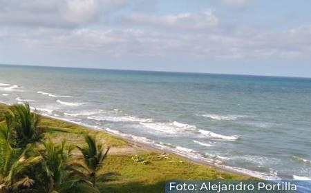 Vista de la Playa Ricardo Flores Magón